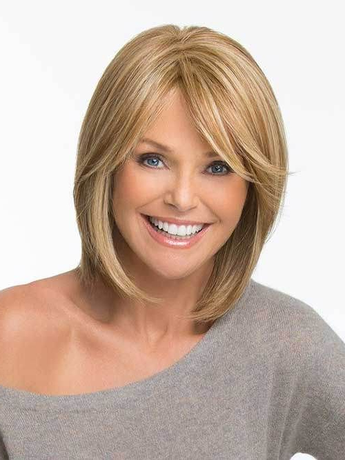 10 Short Bob Hairstyles With Side Swept Bangs | Bob With Regard To Blonde Bob Haircuts With Side Bangs (View 2 of 25)