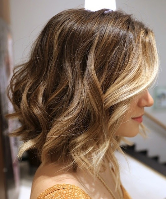10 Stylish Wavy Bob Hairstyles For Medium, Short Hair For Wavy Long Bob Hairstyles With Bangs (View 15 of 25)
