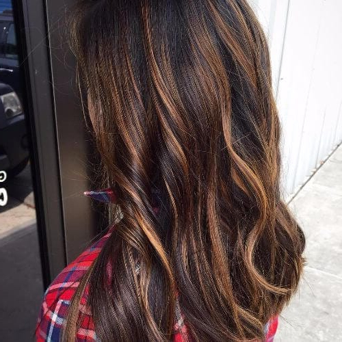 100 Caramel Highlights Ideas For All Hair Colors Regarding Long Waves Hairstyles With Subtle Highlights (View 10 of 25)