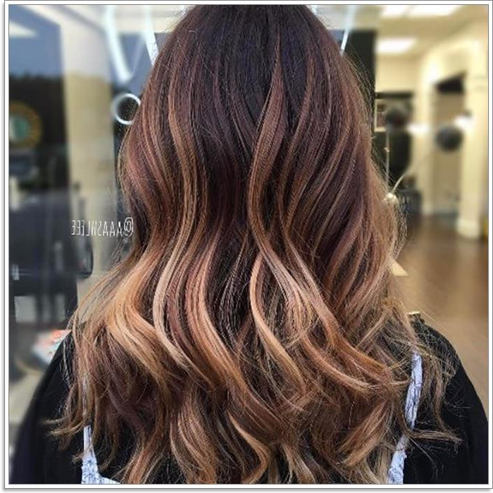 145 Amazing Brown Hair With Blonde Highlights For Long Waves Hairstyles With Subtle Highlights (View 11 of 25)