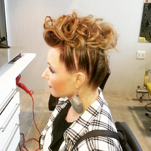 15 Gorgeous Mohawk Hairstyles For Women This Year With Medium Length Blonde Mohawk Hairstyles (View 9 of 25)