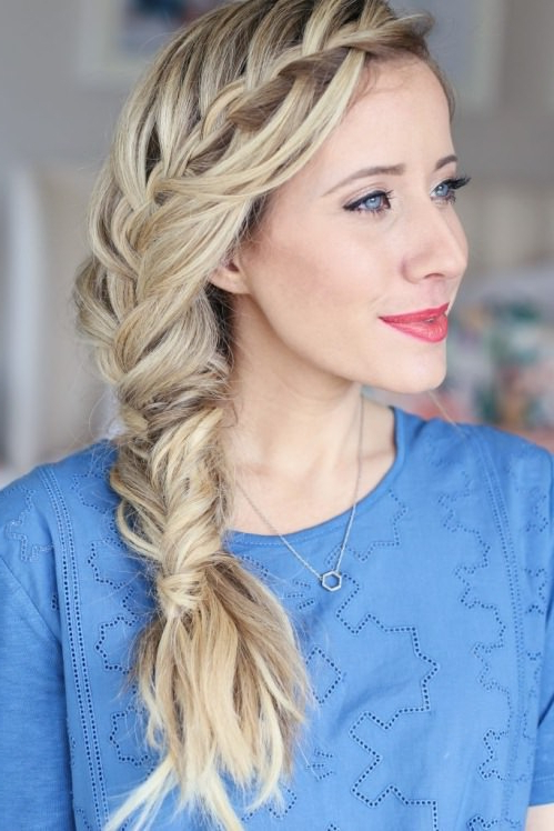 15 Unique Side Braid Hairstyles Regarding Easy Side Downdo Hairstyles With Caramel Highlights (View 24 of 25)