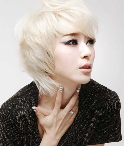 18 New Trends In Short Asian Hairstyles – Popular Haircuts Regarding Modern Shaggy Asian Hairstyles (View 16 of 25)