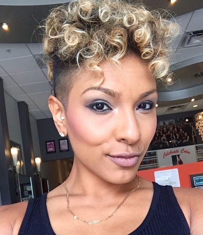 Featured Photo of Blonde Curly Mohawk Hairstyles For Women