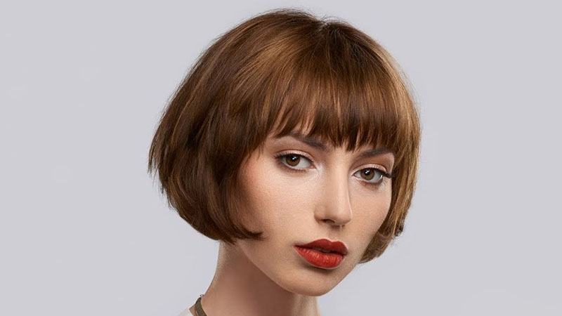 20 Best Inverted Bob Haircuts For Women – The Trend Spotter Throughout Chin Length Bob Hairstyles With Middle Part (View 8 of 25)