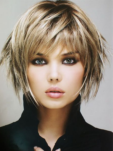20 Gorgeous Layered Hairstyles & Haircuts In 2019 – The Intended For Layered And Outward Feathered Bob Hairstyles With Bangs (View 23 of 25)