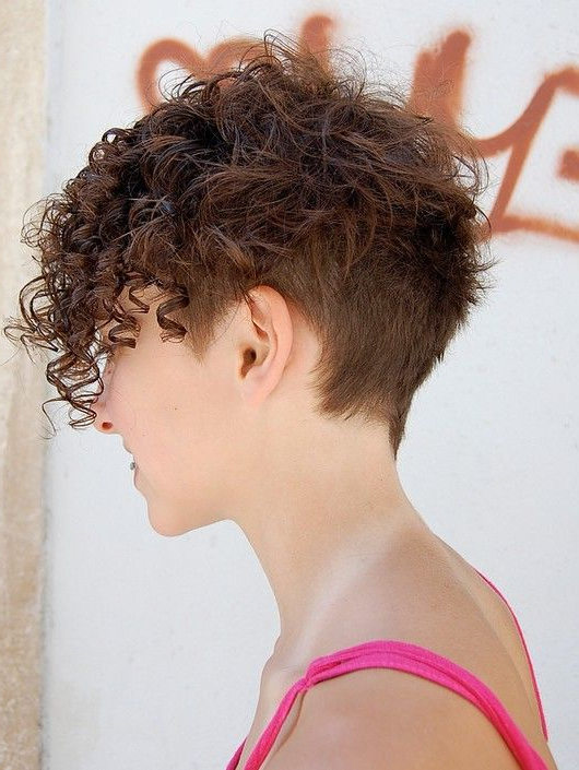 20 Gorgeous Wavy And Curly Pixie Hairstyles: Short Hair Throughout Pixie Haircuts With Tight Curls (View 12 of 25)
