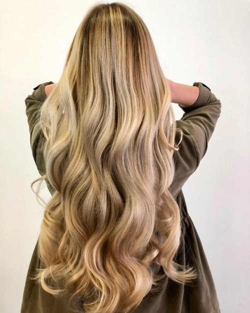 24 Long Wavy Hair Ideas That Are Freaking Hot In 2019 Regarding Cascading Silky Waves Hairstyles (View 6 of 25)