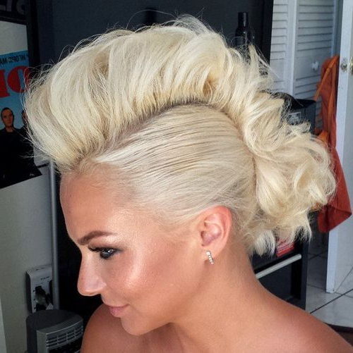 25 Exquisite Curly Mohawk Hairstyles For Girls And Women With Regard To Blonde Curly Mohawk Hairstyles For Women (View 3 of 27)