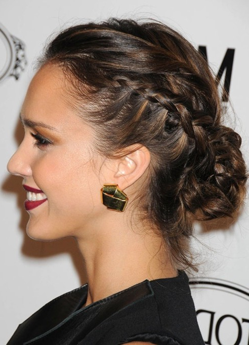 26 Jessica Alba Hairstyles – Popular Haircuts Within Elegant Messy Updos With Side Bangs (View 25 of 25)