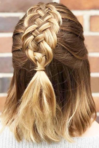 30 Cute Braided Hairstyles For Short Hair | Lovehairstyles With Regard To Pretty Short Bob Haircuts With Braid (View 23 of 25)
