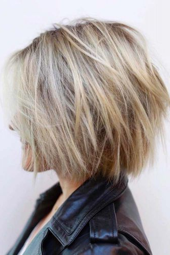 30 Ideas Of Wearing Short Layered Hair For Women Intended For Layered Short Bob Haircuts (View 9 of 25)