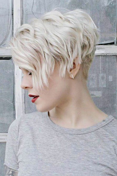 30 Popular Short Blonde Hairstyles | Longer Pixie Haircut Throughout Blonde Pixie Haircuts With Curly Bangs (View 6 of 25)