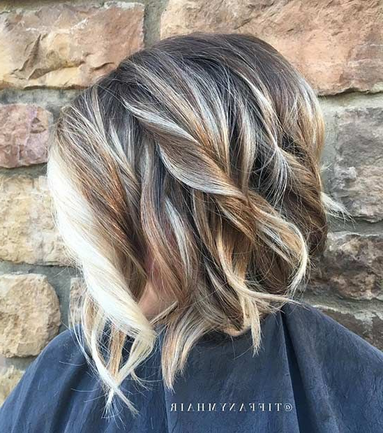 31 Cool Balayage Ideas For Short Hair | Hair And Makeup Inside Wavy Lob Hairstyles With Face Framing Highlights (View 22 of 25)