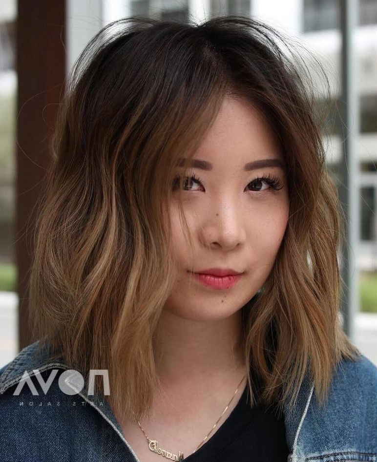 35 Killer Ways To Work Long Bob Haircuts For 2019 Within Wavy Lob Hairstyles With Face Framing Highlights (View 23 of 25)