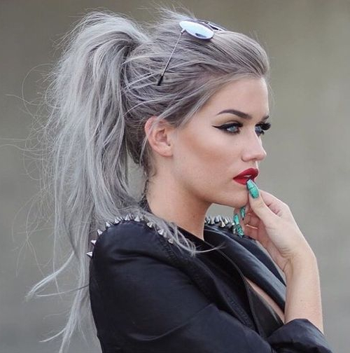 35 Super Simple Messy Ponytail Hairstyles Regarding Messy Voluminous Ponytail Hairstyles With Textured Bangs (View 6 of 25)