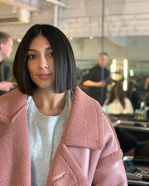 40+ Best Blunt Bob Haircut Ideas 2019 - Short-Hairstyless inside Blunt Wavy Bob Hairstyles With Center Part
