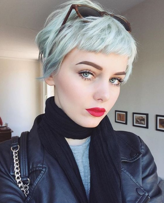 40 Best Short Hairstyles For Fine Hair 2020 With Regard To Pastel Pixie Haircuts With Curly Bangs (View 12 of 25)