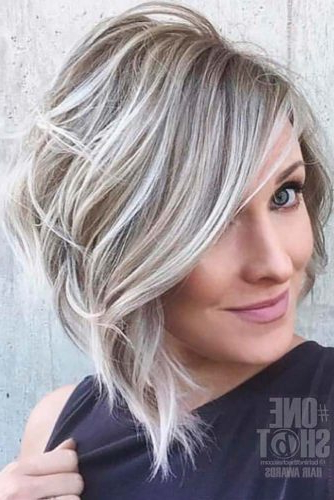 Featured Photo of Wavy Asymmetric Bob Hairstyles With Short Hair At One Side