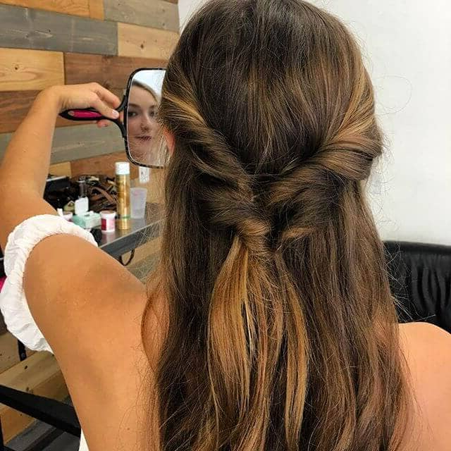 50 Beautiful Ways To Wear Twist Braids For All Hair Textures Regarding Loose Waves Hairstyles With Twisted Side (View 17 of 25)
