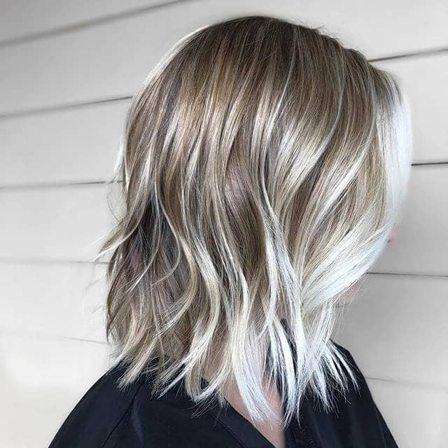 50 Best And Stylish Ideas For Long Bob Haircuts We Adore In 2019 For Wavy Lob Hairstyles With Face Framing Highlights (View 19 of 25)