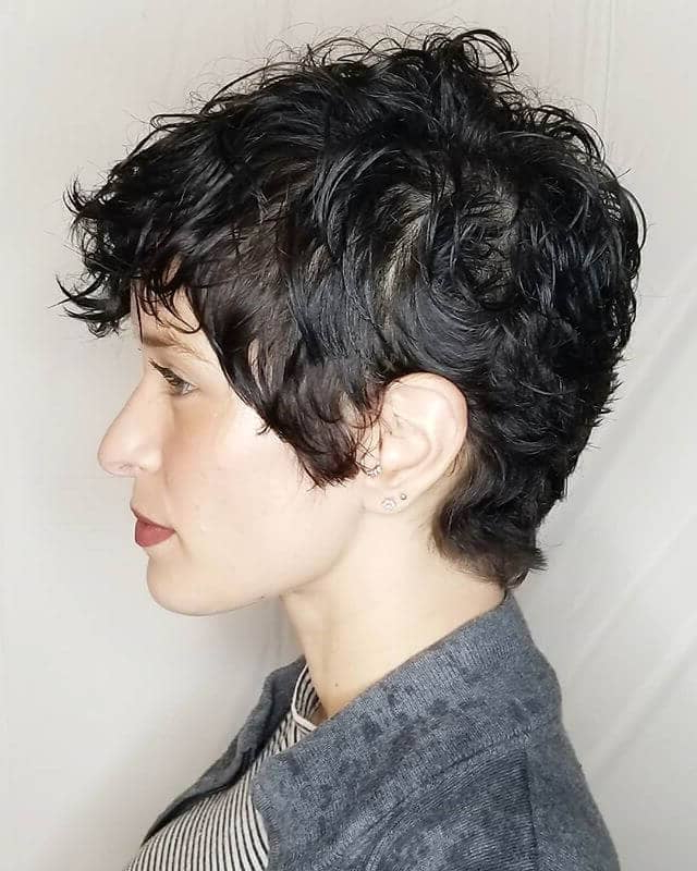 50 Bold Curly Pixie Cut Ideas To Transform Your Style In 2019 For Pixie Mohawk Haircuts For Curly Hair (View 21 of 25)