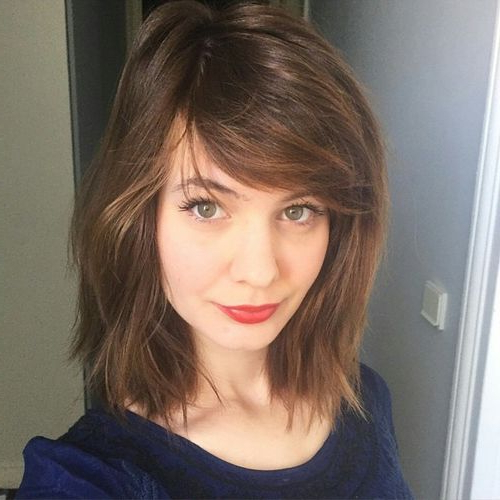 50 Classy Short Bob Haircuts And Hairstyles With Bangs In Messy Short Bob Hairstyles With Side Swept Fringes (View 3 of 25)