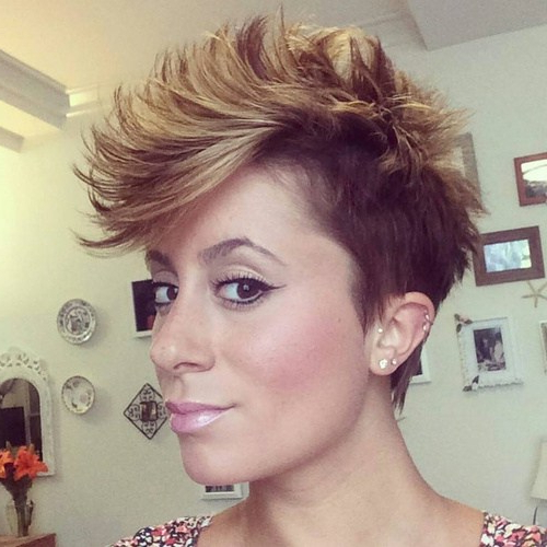50 Edgy, Shaggy, Messy, Spiky, Choppy Pixie Haircuts – Page Regarding Pixie Faux Hawk Haircuts (View 22 of 25)