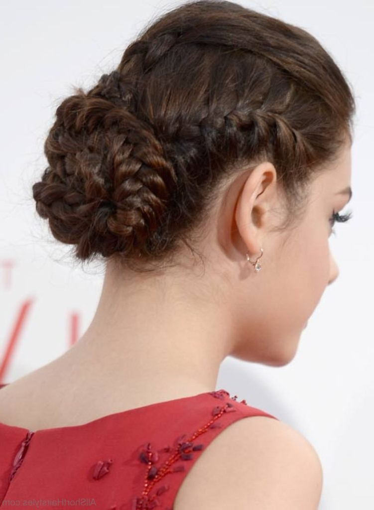 50 Great Short Updo Hairstyles For Women Within Braided Bun Hairstyles With Puffy Crown (View 3 of 25)