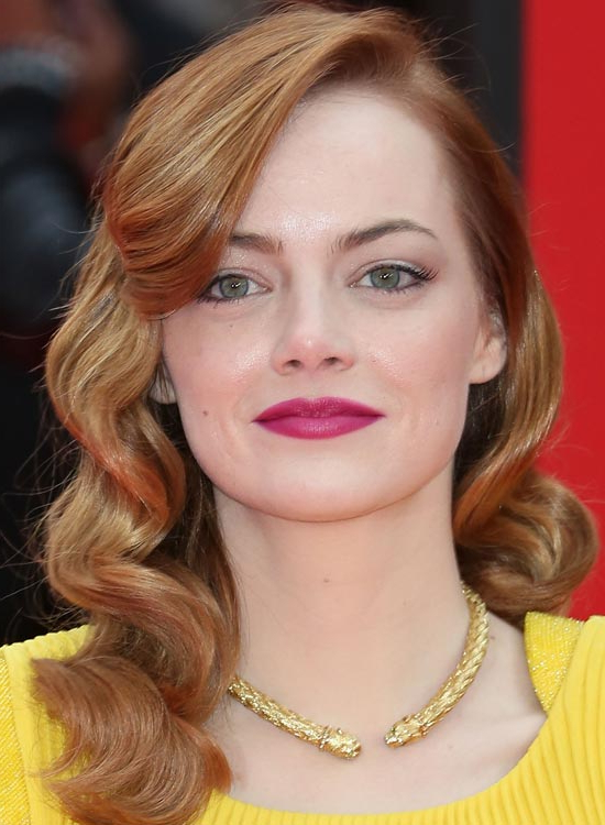 50 Red Carpet Hairstyles Inside Retro Side Hairdos With Texture (View 2 of 25)
