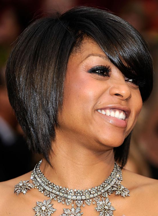 50 Straight Layered Hairstyles That Are Trending Worldwide Intended For Middle Parted Relaxed Bob Hairstyles With Side Sweeps (View 23 of 25)