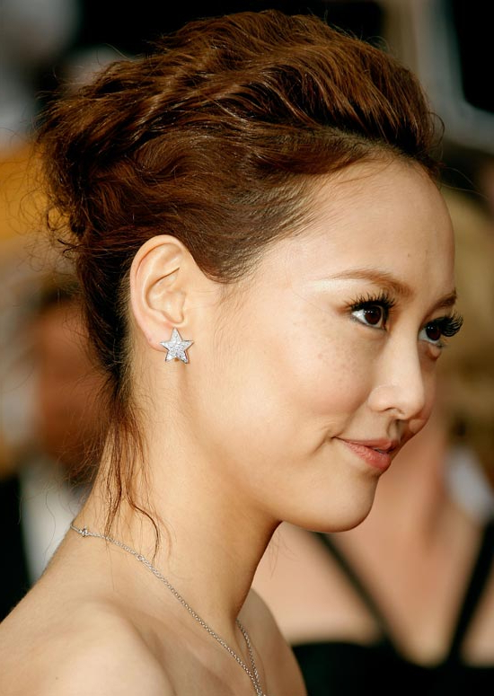 50 Trendy And Easy Asian Girls' Hairstyles To Try Throughout Angular Updo Hairstyles With Waves And Texture (View 9 of 25)