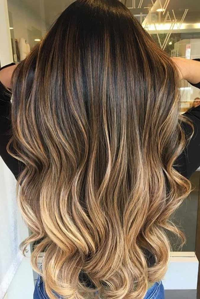 Featured Photo of Black To Light Brown Ombre Waves Hairstyles