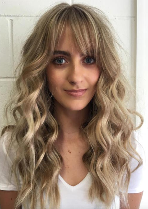 55 Long Haircuts With Bangs For 2019: Tips For Wearing Inside Long Hairstyles With Straight Fringes And Wavy Ends (View 7 of 25)