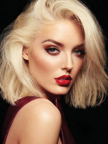 70 Stylish Bob And Lob Haircuts For You To Copy – The Trend Intended For Glam Blonde Bob Haircuts (View 13 of 25)