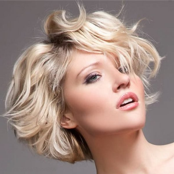 75 Appealing Short Side Swept Haircuts For Girls with Messy Short Bob Hairstyles With Side-Swept Fringes