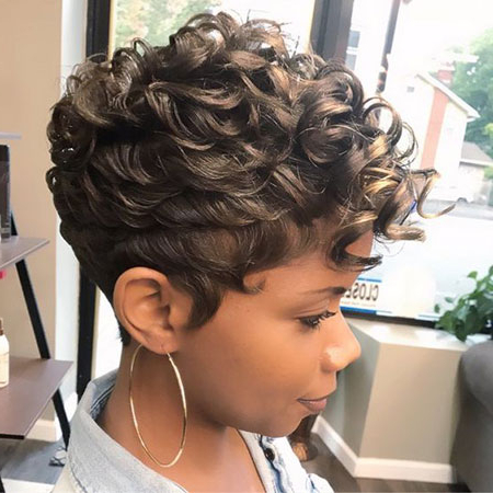 80+ Best Short Pixie Hairstyles For Black Women for Curly Pixie Haircuts With Highlights
