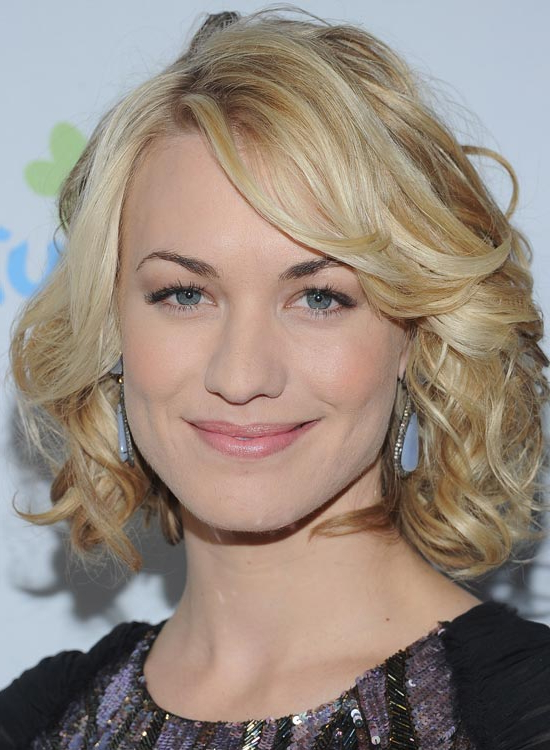 80 Latest And Most Popular Messy Bob Hairstyles For Women inside Volumized Curly Bob Hairstyles With Side-Swept Bangs