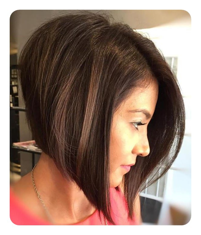 83 Popular Inverted Bob Hairstyles For This Season Throughout Simple And Stylish Bob Haircuts (View 24 of 25)
