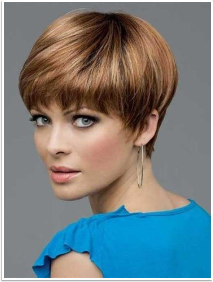 85 Gorgeous Pixie Bob Haircuts To Get For The Next Summer for Classic Bob Hairstyles With Side Part