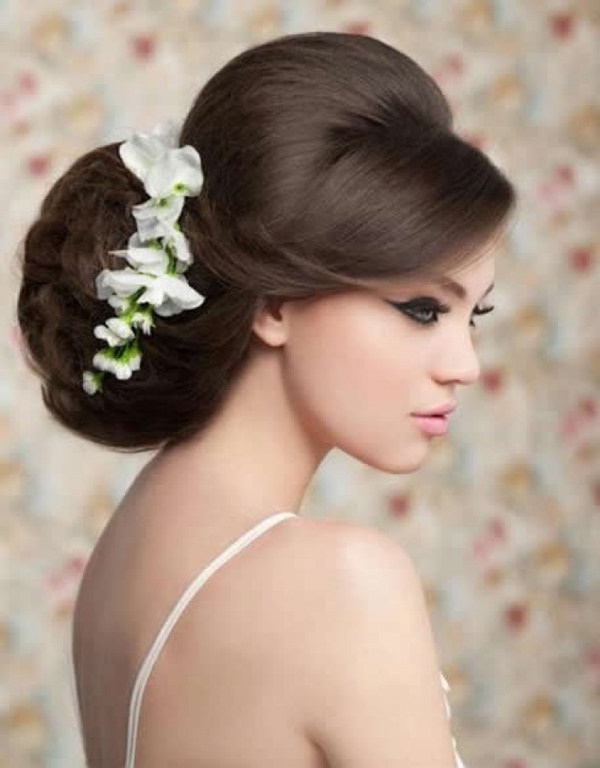 85 Stunning Bouffant Updo Hairstyles For This Christmas with Elegant High Bouffant Bun Hairstyles