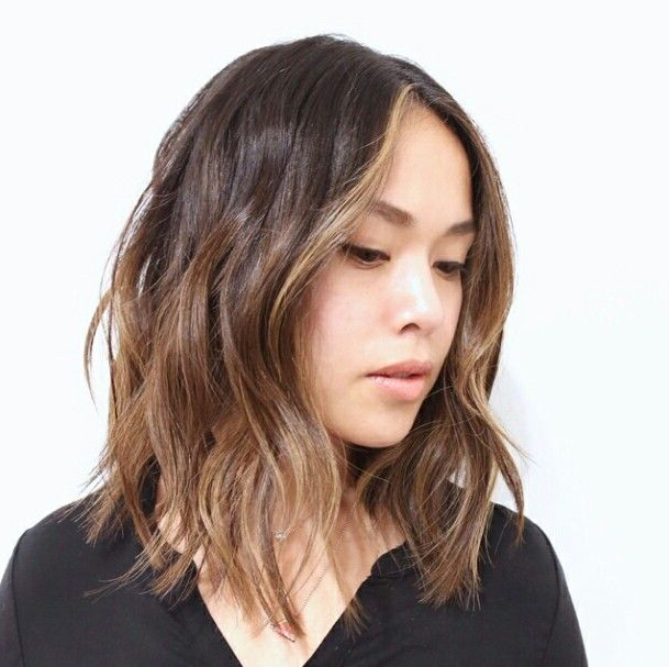 Asian Lob In 2019   Asian Hair, Lob Hairstyle, Hair Inspiration Inside Asian Medium Hairstyles With Textured Waves (View 3 of 25)