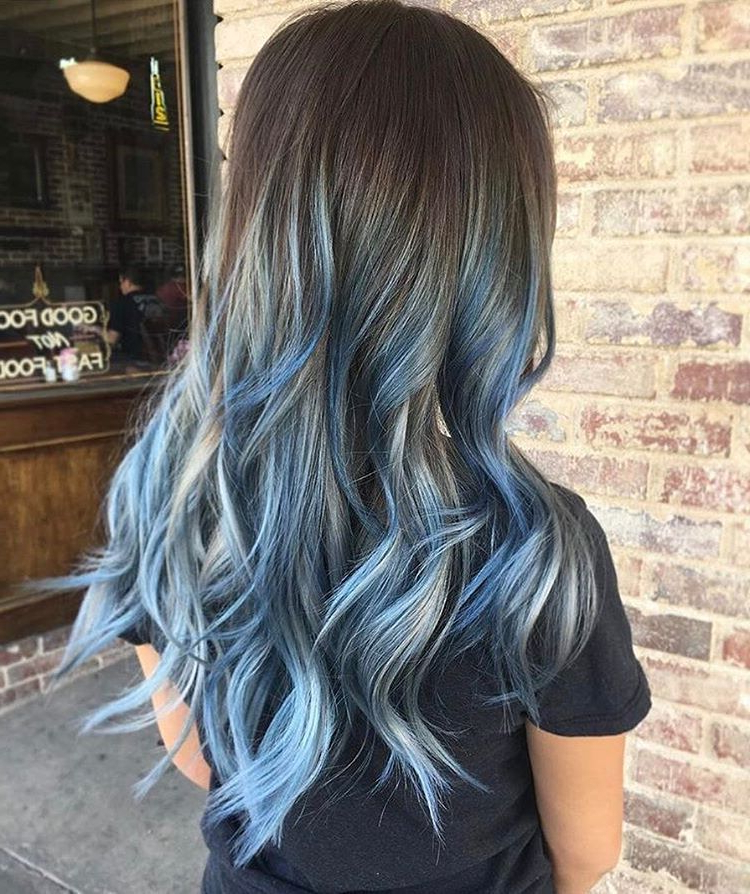 Blue #balayage Waves@jaylenzanelli Using In Black And Denim Blue Waves Hairstyles (View 4 of 25)