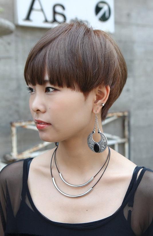 Boyish Short Haircut With Blunt Bangs – Asian Hairstyles Regarding Blunt Bangs Asian Hairstyles (View 10 of 25)