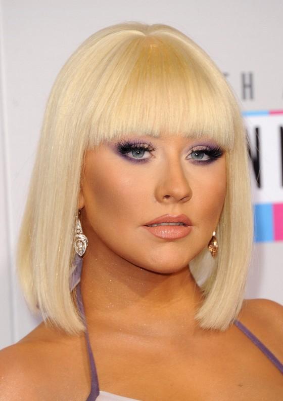 Christina Aguilera Blonde Blunt Bob Haircut With Blunt Bangs inside Blonde Blunt Haircuts Bob With Bangs