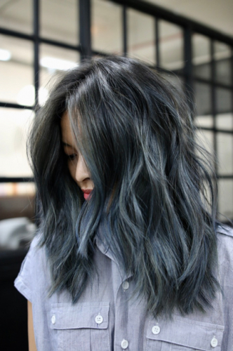 "Denim Hair"" Is 2017's Most Unexpected Trend — & We Love It Pertaining To Black And Denim Blue Waves Hairstyles (View 2 of 25)"