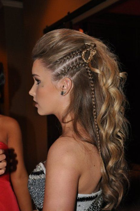 Faux Hawk Female Braid Intended For Braided Faux Mohawk Hairstyles For Women (View 12 of 25)