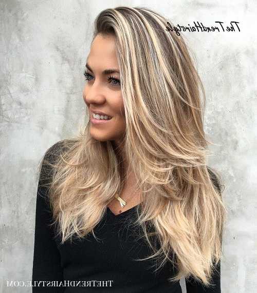 Flipped Out Straight Hair – 30 Best Hairstyles For Long With Cascading Silky Waves Hairstyles (View 15 of 25)