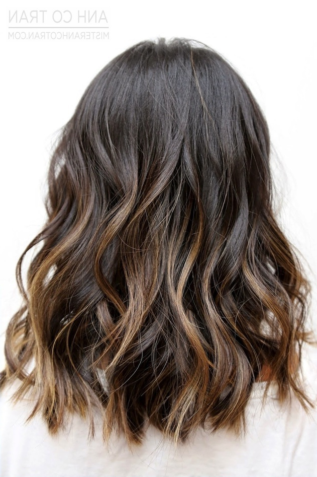 Hair Inspiration: Beach Waves With Subtle Ombré Highlights Within Long Waves Hairstyles With Subtle Highlights (View 7 of 25)