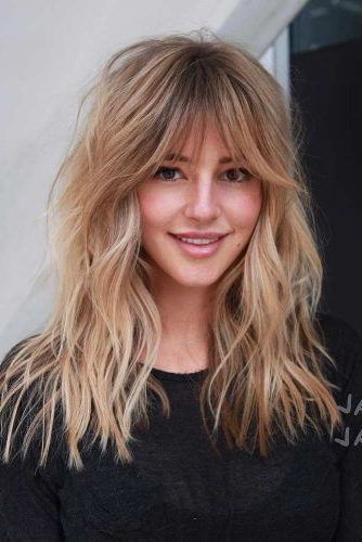 How To Choose The Right Layered Haircuts | Lovehairstyles Throughout Messy Voluminous Ponytail Hairstyles With Textured Bangs (View 13 of 25)